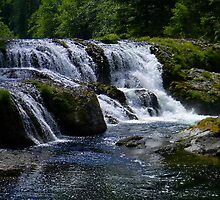 dugen falls  by Courtneystarr