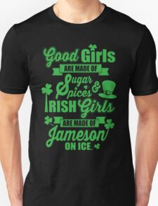 IRISH GIRLS Unisex T-Shirt
