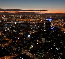 melbourne at night by Anja Fuechtbauer