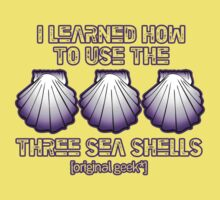 I learned how to use the three sea shells.... Light Colors by [original geek*] clothing