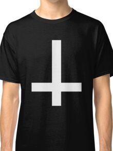 invert  Classic T-Shirt