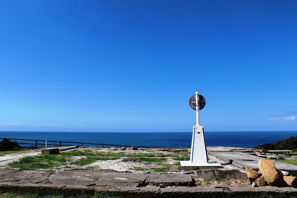 Trig point, Crowdy Head by starless