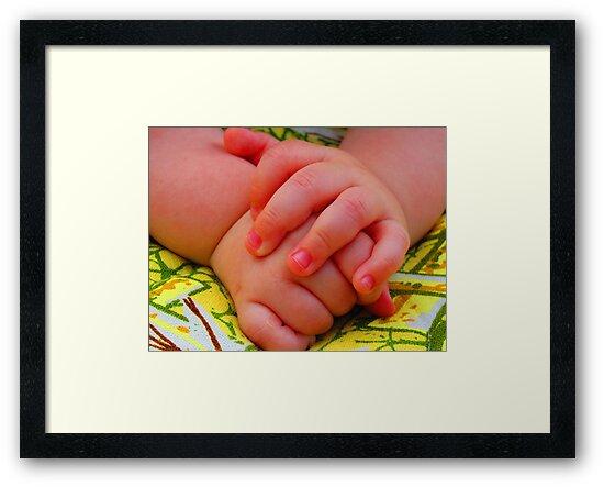 Groovy Little Man Hands by M-EK