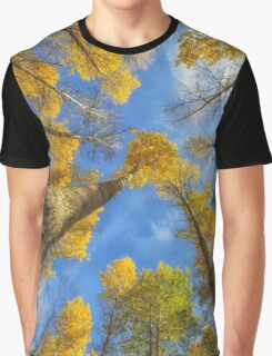 Towards the blue sky Graphic T-Shirt