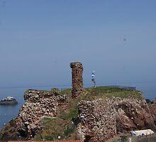 Dunbar Castle Scotland by youmeus
