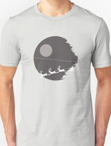 """That's not a moon"" Death Star Santa Christmas design T-Shirt"