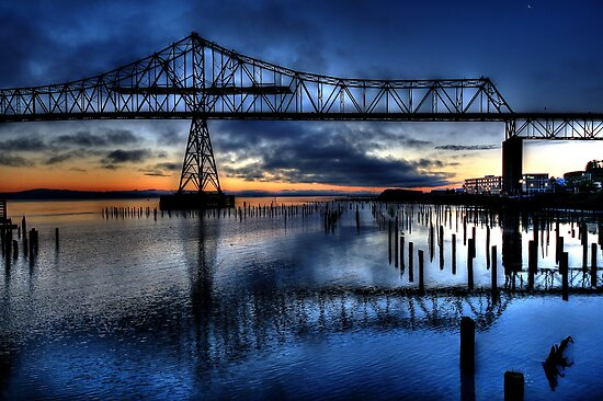 Astoria Bridge connecting Oregon to Washington (USA) by Cynthia Broomfield