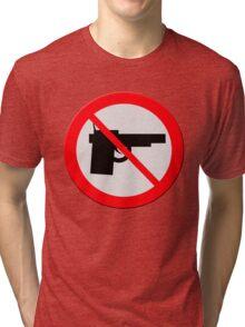 "Sign ""No guns"" Tri-blend T-Shirt"