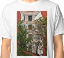 Scenes From Downtown Toronto - A Building Facade © Classic T-Shirt