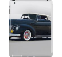 1940 Ford Convertible 'Hopped Up Fifties Style' iPad Case/Skin