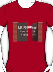 Junkyard secret T-Shirt