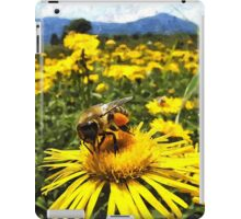 Wild nature - bees iPad Case/Skin
