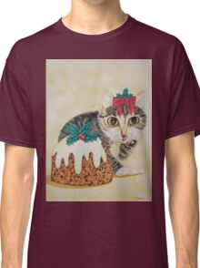 Cute grey tabby kitten and Christmas pudding cat Classic T-Shirt