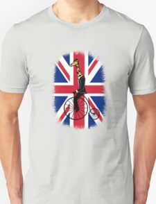 Penny-farthing Giraffe (London Version) T-Shirt