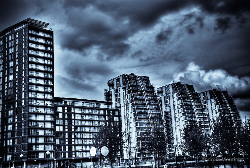 NV Buildings — Salford Quays. by Andreia Moutinho