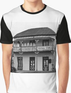 0674 Vintage Store Graphic T-Shirt