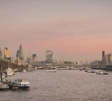 dusky winter sunset over London by weathergil