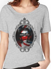 Princess Die Women's Relaxed Fit T-Shirt