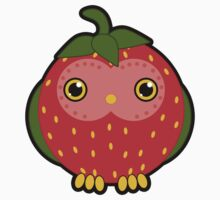Strawberry owl T-Shirt