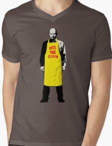 KISS THE COOK Mens V-Neck T-Shirt
