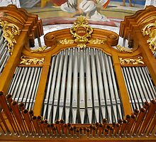 Pipe organ, Switzerland by churchmouse