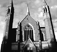 Sacred Heart Cathedral, Bendigo. B&W by Matthew Walmsley-Sims