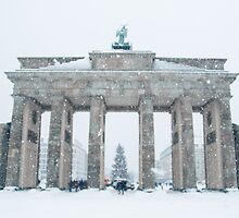 Brandenburg Gate in Winter by TohoPhoto