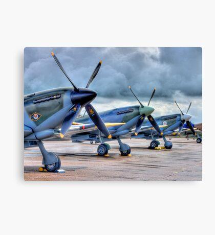 12 Blades - HDR Canvas Print