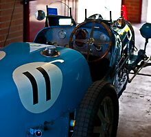 Blue Bugatti - 1927 type 35A - Back view by Tom Row