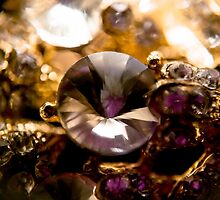 Diamonds and Gold SuperMacro 2 by AnnArtshock