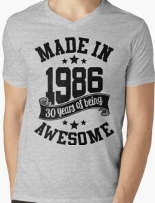 Made in 1986 , 30 Years of Being Awesome 2016 Birthday T Shirts , Mugs , Hoodies , Gifts and more Mens V-Neck T-Shirt