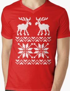 Moose Pattern Christmas Sweater Mens V-Neck T-Shirt