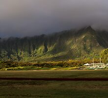 Mountains, Hawai'i Style! by Keith Irving