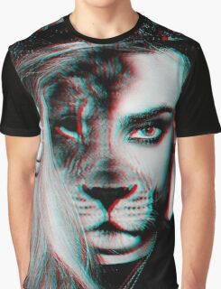 Cara Lion Graphic T-Shirt
