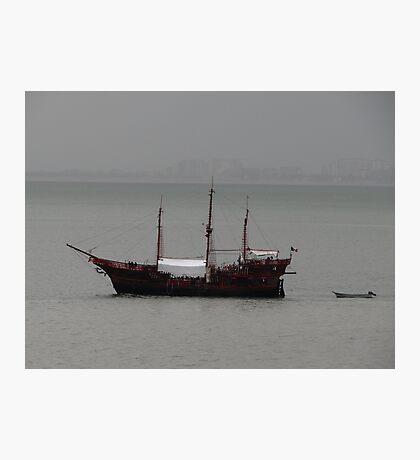Excursion in the Rain - Excursión en la lluvia Photographic Print