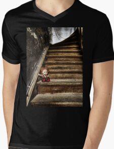 TRASH DOLL Mens V-Neck T-Shirt