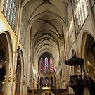 Saint-Germain l'Auxerrois ( 2 ) by Larry Lingard/Davis