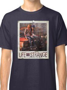 LiS - Max & Chloe Classic T-Shirt