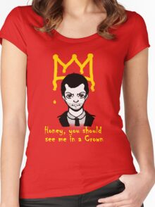 The Crown Women's Fitted Scoop T-Shirt