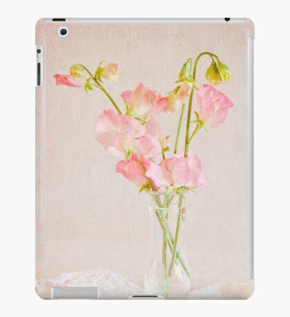 Old Fashioned Sweet Peas iPad Case/Skin