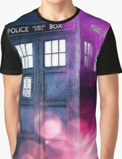 Public Police Box - Dr Who Graphic T-Shirt