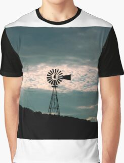 Countryside Silhouette     ^ Graphic T-Shirt