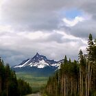 Mount Thielsen by Sammiepue