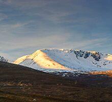 Coire An Lochain by Jamie  Green