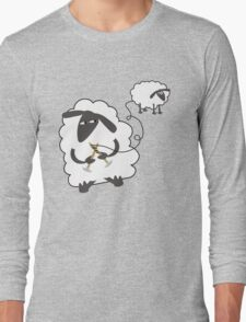 Funny sheep knitting stealing wool yarn Long Sleeve T-Shirt