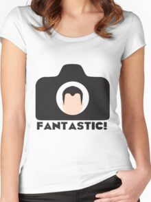 FANTASTIC! Women's Fitted Scoop T-Shirt