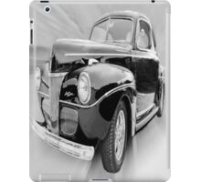Styling Black & White iPad Case/Skin