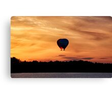 Flying hearts Canvas Print
