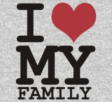 I love my family Kids Tee