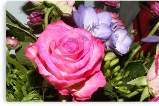 Glorious Floral by Shoshonan